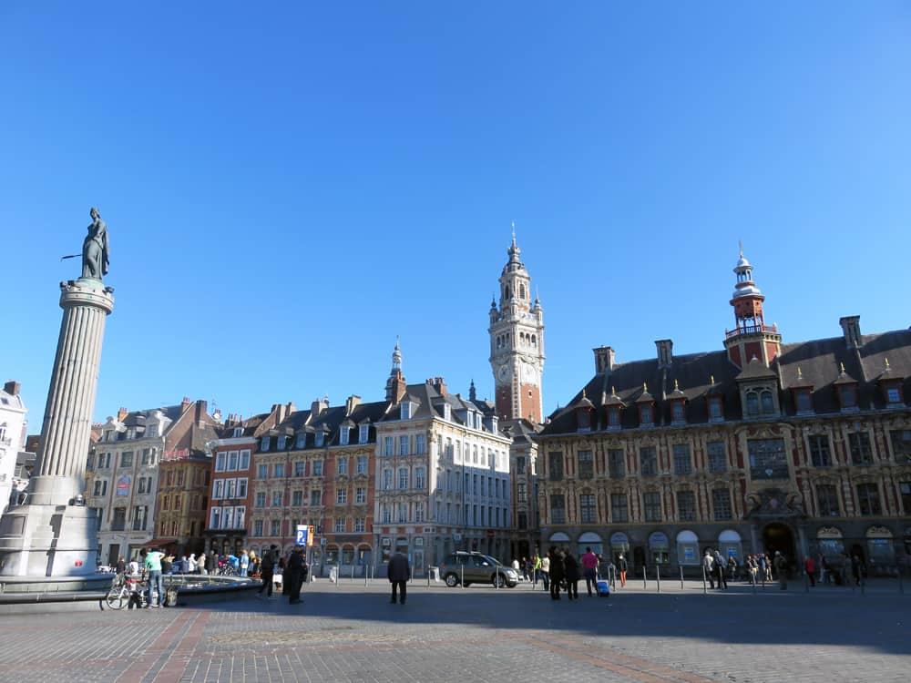Que voir que faire depuis la gare de Lille : la Grand'Place © voyagerentrain.fr