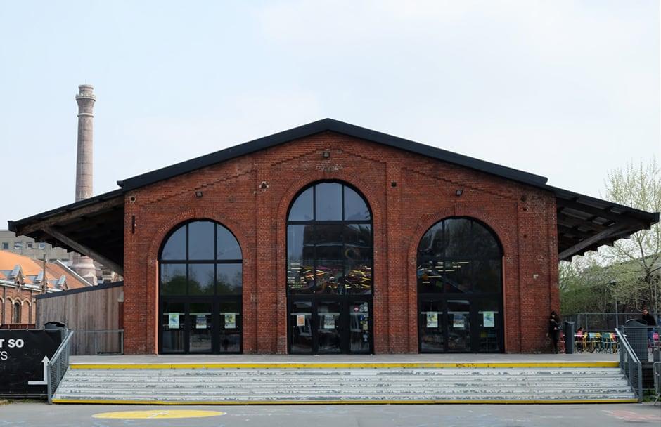 Que voir que faire depuis la gare de Lille : la Gare Saint-Sauveur  © voyagerentrain.fr