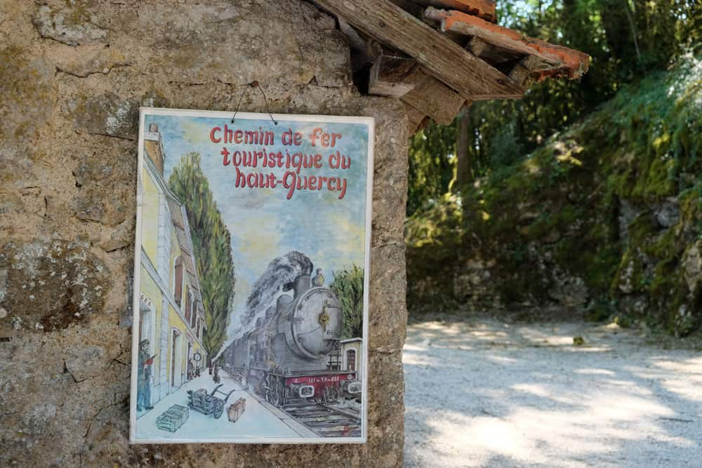 Affiche vintage chemin de fer touristique du Haut-Quercy © voyagerentrain.fr