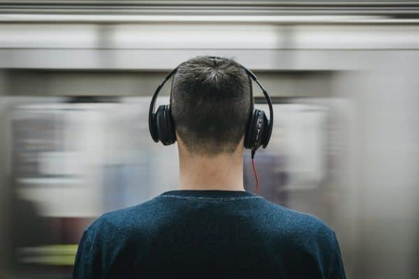 Le train en musique : les chansons françaises